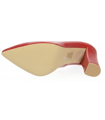 Červené kožené lodičky na pohodlnom hrubom podpätku 944-014