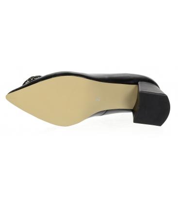 Černé lodičky se zlatou ozdobou na nízkém podpatku DLO2085