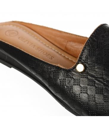 Černé kožené uzavřené pantofle 14-607