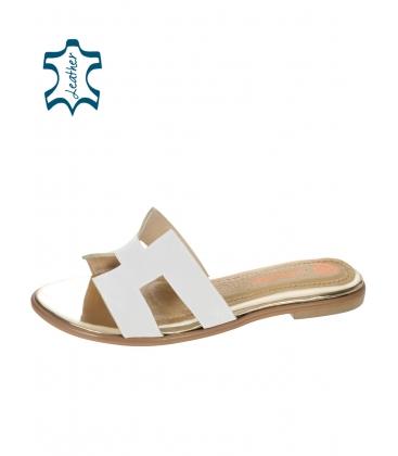 Biele pantofle s monogramovým svrškem DSL031
