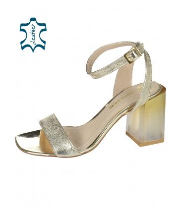 Stříbrné elegantní sandály na stylovém podpatku K2140