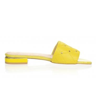 Žluté pantofle s jemným prošívaným svrškem DSL2206