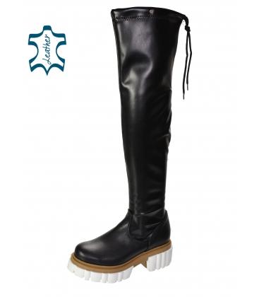 Černé kožené kozačky s vysokou holenní částí nad kolena na bílo hnědé podrážce DCI2293